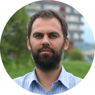 Dr Tomaz Rijavec